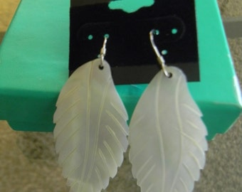 Leaf Earring with sterling silver finishing