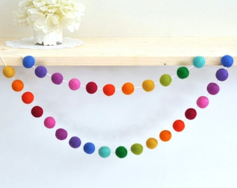 Rainbow Nursery Garland -  Rainbow Felt Ball Garland - Rainbow Pom Pom Garland - Rainbow Party Garland - Rainbow Nursery Decoration