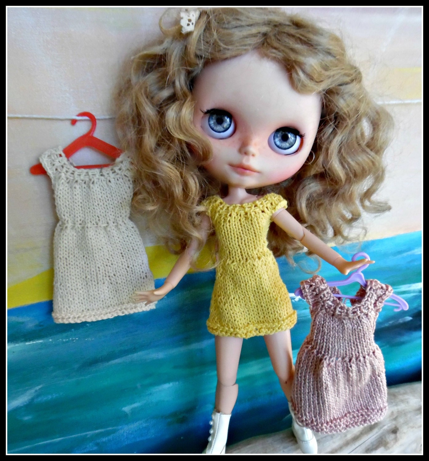 BLYTHE DOLL Dress Knitting pattern for a sweet dress with 3
