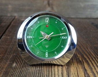 Vintage alarm clock Diamond 1980s steel made in Shanghai China ,green shiny,Working condition!