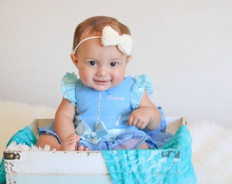 Crocheted bow headband, nylon headband, baby headband, baby gift, baby accessory, headband, photo prop, toddler, one size