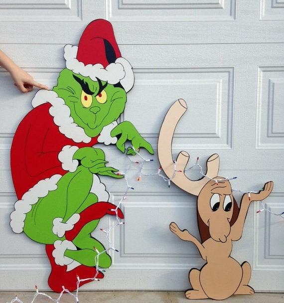 Grinch yard art.grinch and max stealing lights yard art decoration ...