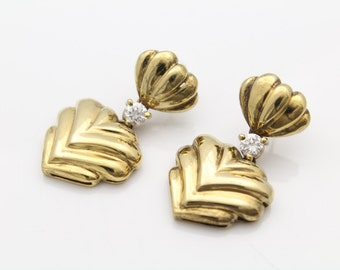 Vintage 80s Dynasty Gold Plated Sterling Silver and CZ Scalloped Post Earrings. [6582]