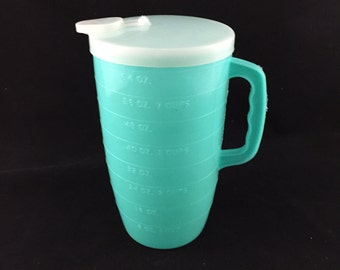 Vintage Turquoise 2 Quart Pitcher, Lift Top Spout