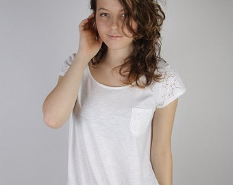 ON SALE White Cotton Top Blouse Short Sleeve Pocket Embroidered White Everyday Summer Top Large Size