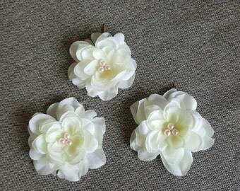 Bridal hair flower, off-white flower clips, wedding hair piece, bridal hair accessories, set of 3