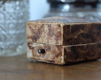 Antique Ring Box Engagement or Wedding Ring Box