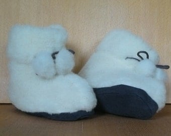 Cute fur boots Sheep wool slippers Warm home shoes Winter house shoes Cozy indoor boots Winter fur slippers Home shoes for Women Men