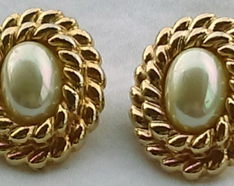 Vintage Carolee gold tone double rope trim faux pearl oval stud earrings