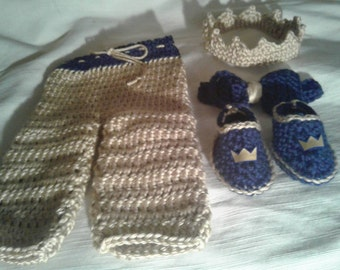 Crochet newborn boy crown and pants set, 4 pc pants set, crochet crown, bowtie, matching shoes, newborn photo prop, crochet photography prop