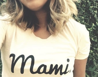 LARGE Mami fitted tee