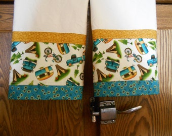 Set of 2 Fabric Trimmed Kitchen/Guest Towels with Vintage Trailers Print