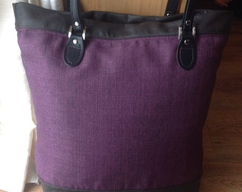Leather trim large tote bag
