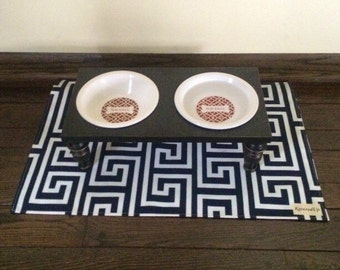 Large Water-Resistant Pet Placemat