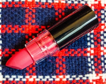 Racin' Carnation : Pink Red Semi Matte Opaque Vegan Lipstick