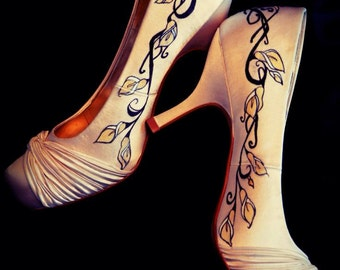 Hand painted calla lilly shoes