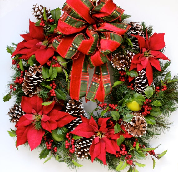 Poinsettia christmas wreath traditional country woodland for 5ft poinsettia garland christmas decoration