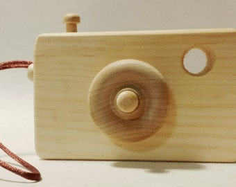 Toy Camera (Wooden)