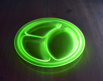 Uranium/Vaseline Glass Plate Sectioned  from the 30's