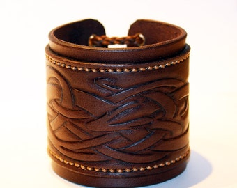 Brown Leather Cuff Bracelet! Nice gift! Great handmade leather bracelet! Bracelet with Celtic ornament! Hight quality item!