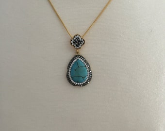 "Gorgeous Sparkling Turquoise Charm, gold plated 18""chain."