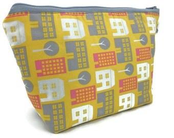 Cosmetic Bag Makeup Bag Gadget Bag in Cityscape