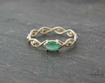 Gold ring with emerald, white gold ring , emerald gold ring