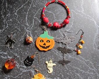 Halloween Single Pierced Earrings Ghosts, Pumpkins, Cats, Bats, Candy  Corns, Skeletons