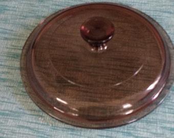 Vintage Pyrex P 81 C Fireside brown lid.