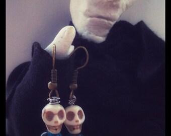 Skull feather earrings