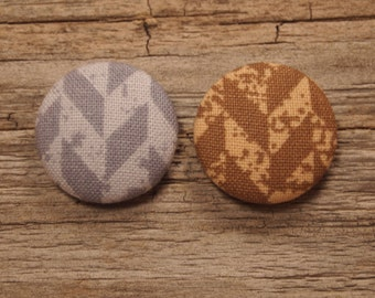 purple or brown herringbone print fabric covered buttons (size 60, 40, 32)