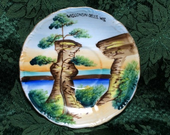 Vintage Souvenir Plate from Wisconsin Dells, Wisconsin - Saucer-made in Japan