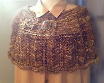 Fearcorbda Capelet weekender knit pattern