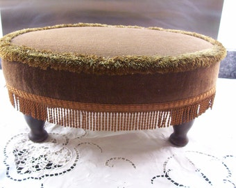 Sherborne pouffe. Foot stool. Retro stool. Vintage pouffe.