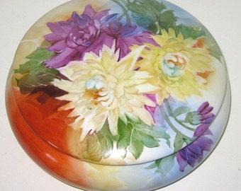 Antique Porcelain Vanity Lidded box/ Antique European/ Hand Painted