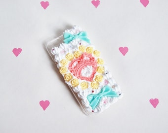 Sweetheart Roses Whipped Cream Case