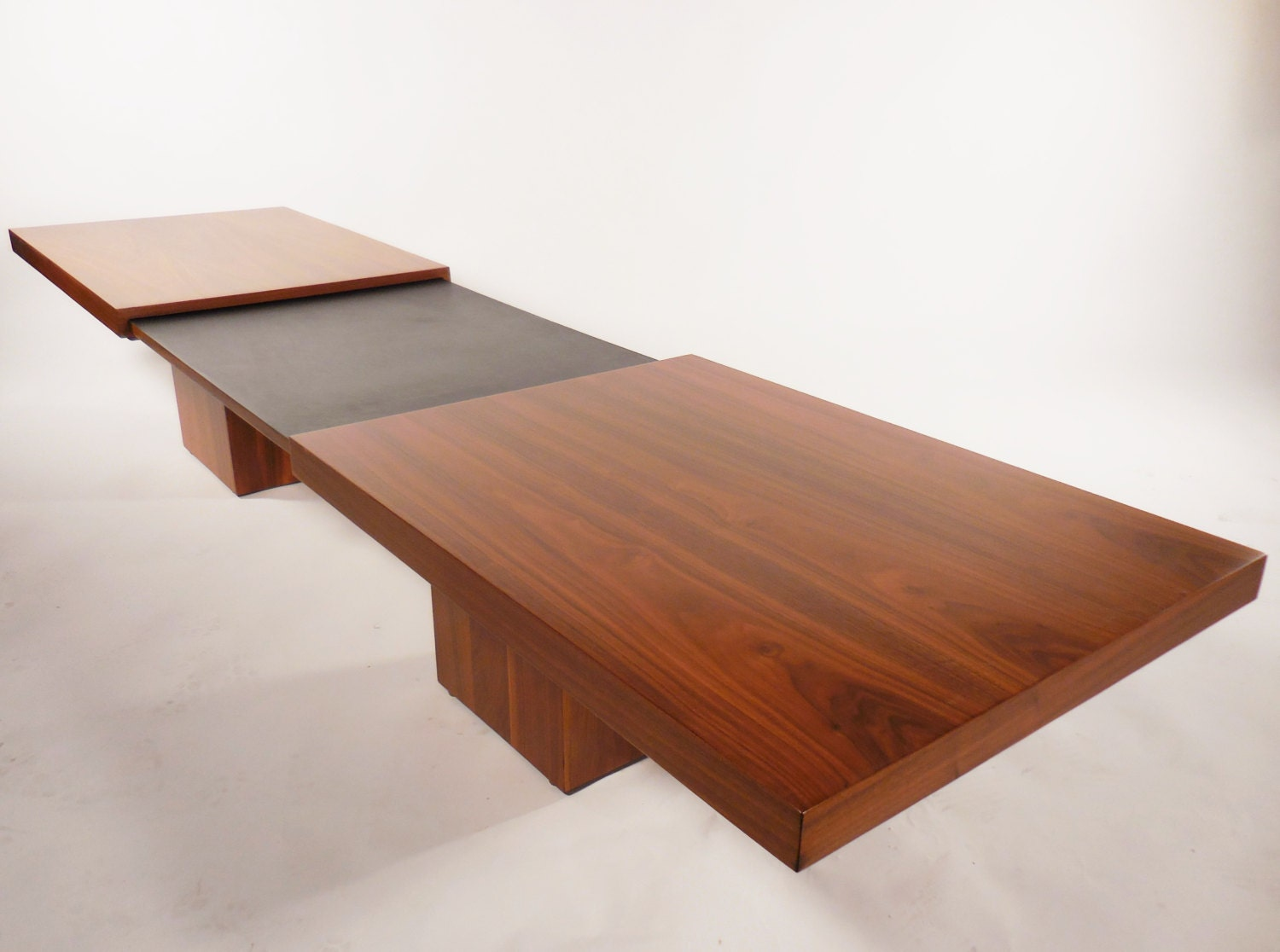 Mid Century Expanding Walnut Coffee Table By John Keal For