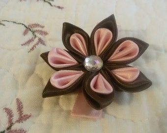 Brown -pink flower  pin