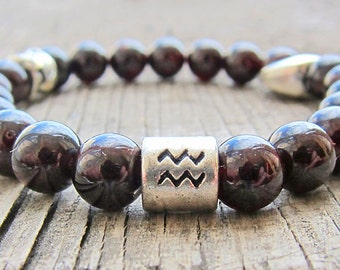 Zodiac jewelry Aquarius birthstone Zodiac bracelet Beaded bracelet Garnet bracelet Horoscope jewellery Astrology bracelet Women Gift for her