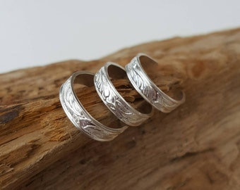 Sterling silver Toe ring (one) - Patterned