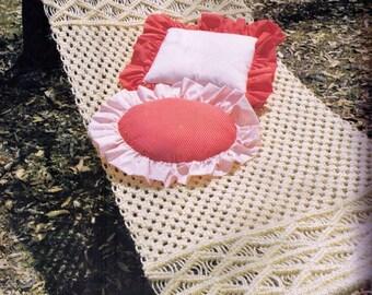 vintage 1970s macrame hammock style 2 great 4 log cabin beach  u0026 lake house retro christmas beach hammock   etsy  rh   etsy