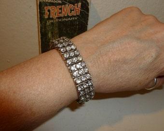 Vintage Rhinestone Accordion Bracelet