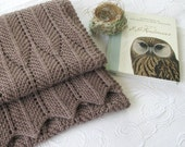 Tailfeather textured scarf pattern (PDF Download)