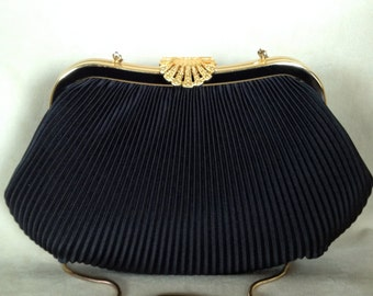 Vintage Clutch Evening Bag Black Ribbed with Gold Fan Clasp and Long Chain Fabulous for New Year's Eve, Wedding Purse, Round Bottom Purse