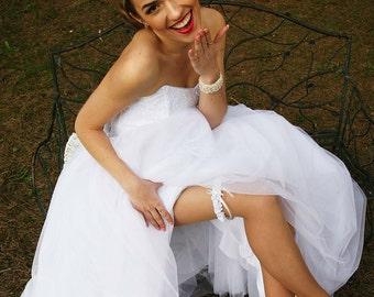 Bridal garter, white garter, wedding garter, white lace and atlas garter, rhinestone garter, custom size garter, garter with flower, garter