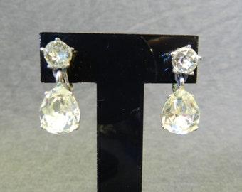 Vintage 1940s Bogoff Clear Rhinestone Teardrop Screw Back Drop Earrings