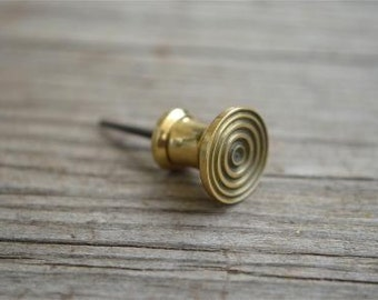Quality small solid brass Georgian bullseye knob 2012