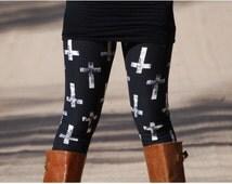 PLUS Size Faded Cross Leggings