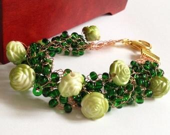 Green wire crochet bracelet/ Rose bracelet/ Crochet Bracelet/ Crochet Wire Bracelete/ Christmas jewelry/ Jewelry Beads Wire/ Beads Bracelet
