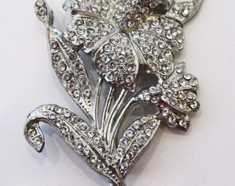 Vintage - Collectible - Clear Rhinestone Floral Pin - Jewelry - Silver - Rhinestones - Floral - Pin - Brooch - Sparkling - Flawless - Gift